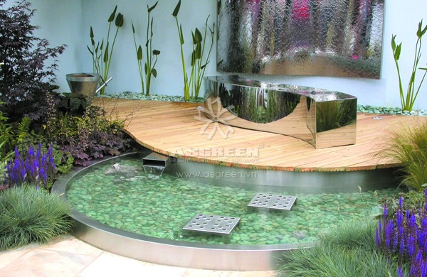 Modern Garden Pool by Russ Iden GAS Sep 04